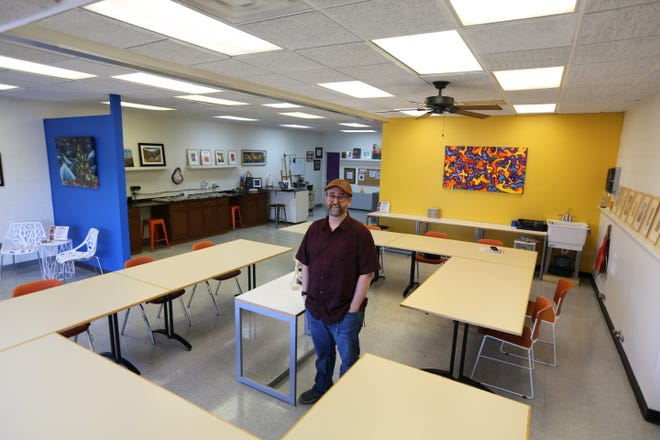 Michael Mize, owner of Mize Art Studio, first started teaching art classes three years ago out of a studio he built in his garage. Now he has moved to the Washburn View shopping center.
