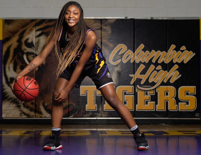 Columbia junior Na'Haviya Paxton is the Sun Girls Basketball Player of the Year.