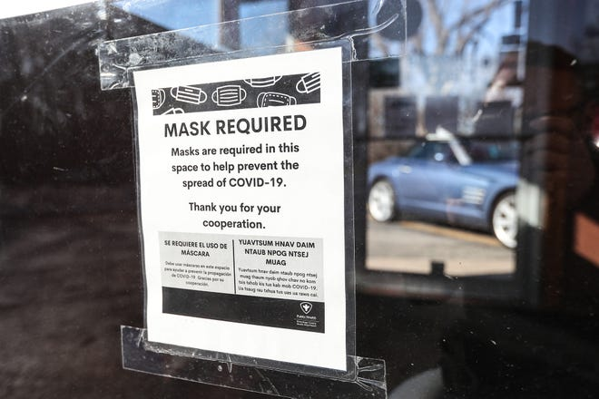 Oshkosh Common Council members on Friday voted to end the city's mask mandate following updated guidelines from the Centers for Disease Control and Prevention.