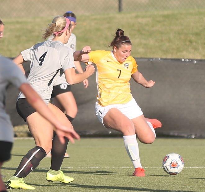 FHSU's Amanda Rapaduski controls the ball on Thursday against Central Oklahoma.