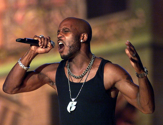 DMX performs at The Source Hip-Hop Music Awards 2001 at the Jackie Gleason Theater in Miami Beach, Florida.