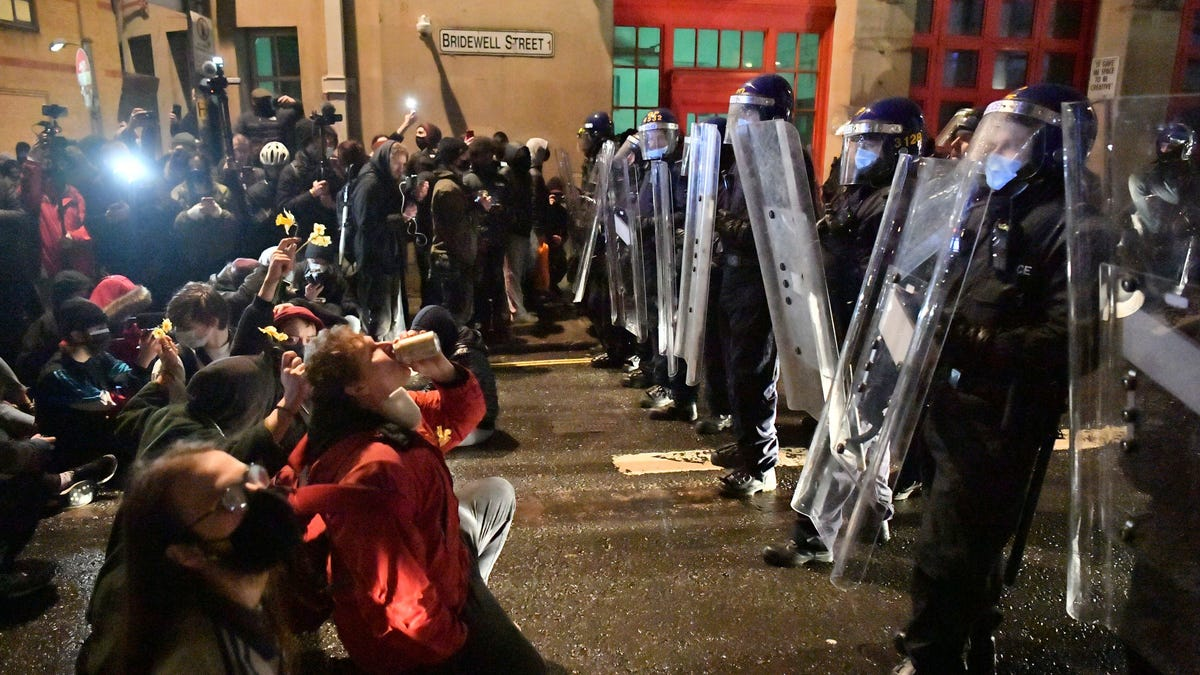 Hundreds rally in England and Wales over police legislation 3