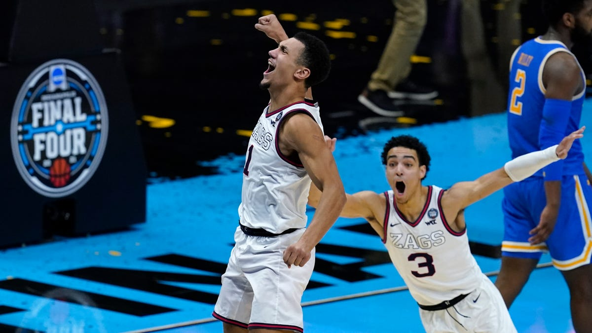 To the bank! Suggs hits the winner, Zags top UCLA 93-90 2