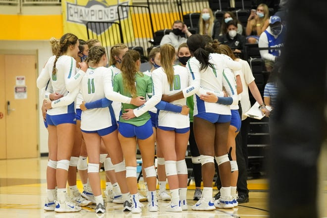 The FGCU volleyball team huddles during a timeout in their five-set loss to Lipscomb in the ASUN championship match on Saturday, April 3, 2021, in Kennesaw, Ga.