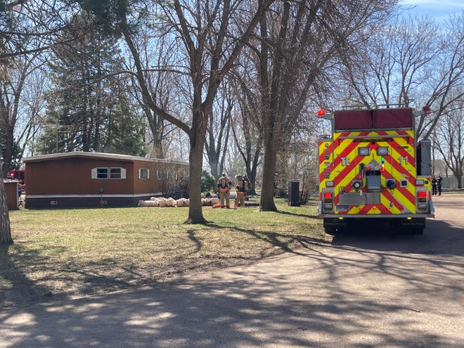 Sioux Falls Fire Rescue responded to the 4800 block of West Thad Place for a structure fire on Sunday morning.
