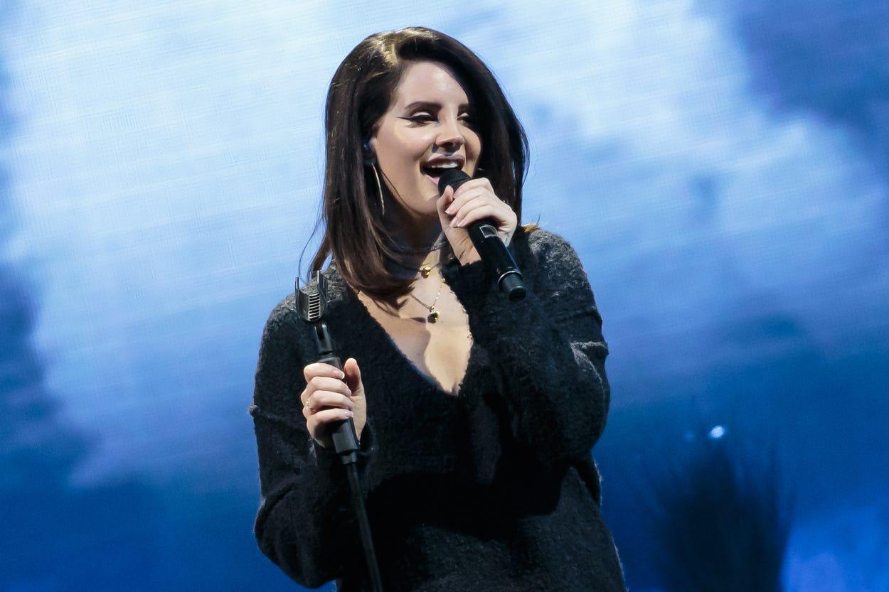 Lana Del Rey pops in for Nikki Lane s Austin-area concerts at Long Center, Gruene Hall