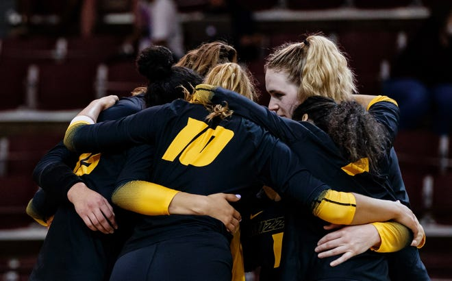 Missouri players huddle during a match against Mississippi State on March 24 at the Newell-Grissom Building in Starkville, Miss.