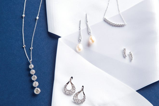 Examples of the jewelry available to borrow from Argo & Lehne