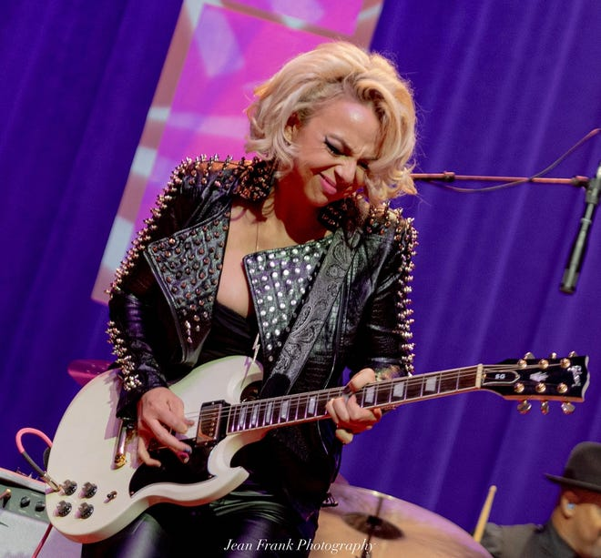 Samantha Fish teams up with Tab Benoit for a blues-rock show this weekend at the St. Augustine Amphitheatre.