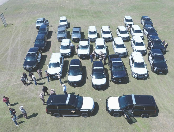 The Erath County Sheriff's Office along with Texas Department of Public Safety, Texas Game Wardens, Stephenville Police Department, Tarleton Police Department, and Dublin Police Department honored fallen DPS Trooper Chad Walker at 1 p.m. on April 1 by activating the red and blue lights on their vehicles. Walker was shot on March 26 during a motorist assist in Limestone County outside of Mexia. Walker made the ultimate sacrifice while serving the citizens of Texas.