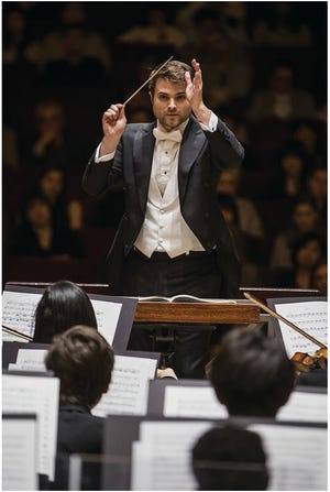 """Stephen Mulligan, associate conductor of the Atlanta Symphony Orchestra, will lead the Sarasota Orchestra's """"Mozart and Mendelssohn"""" concert and be a guest conductor in the 2021-22 season."""