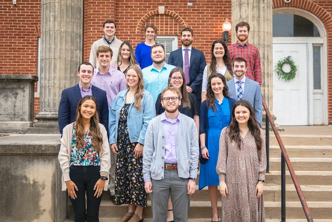 """OBU will honor 20 outstanding seniors during its """"Celebrate Excellence"""" event Tuesday, April 6. Pictured, left to right.  Front row: Sadye Booz, Tyler Smothers and Afton Urton Second row: Tyler Koonce, Laina Poe, Katie Logan and Laura Stewart  Third row: Michael Stewart, Taryn Burks, Zach Evans, Rachel Compton and Jordan Atkins Back row: Keegan Caldwell, Brooklyn James, Jonathan Soder and Garrett Wheeler Not pictured: Catalina Zacarias, Christin Muller, Temesgen Hands and Gage Bullard"""