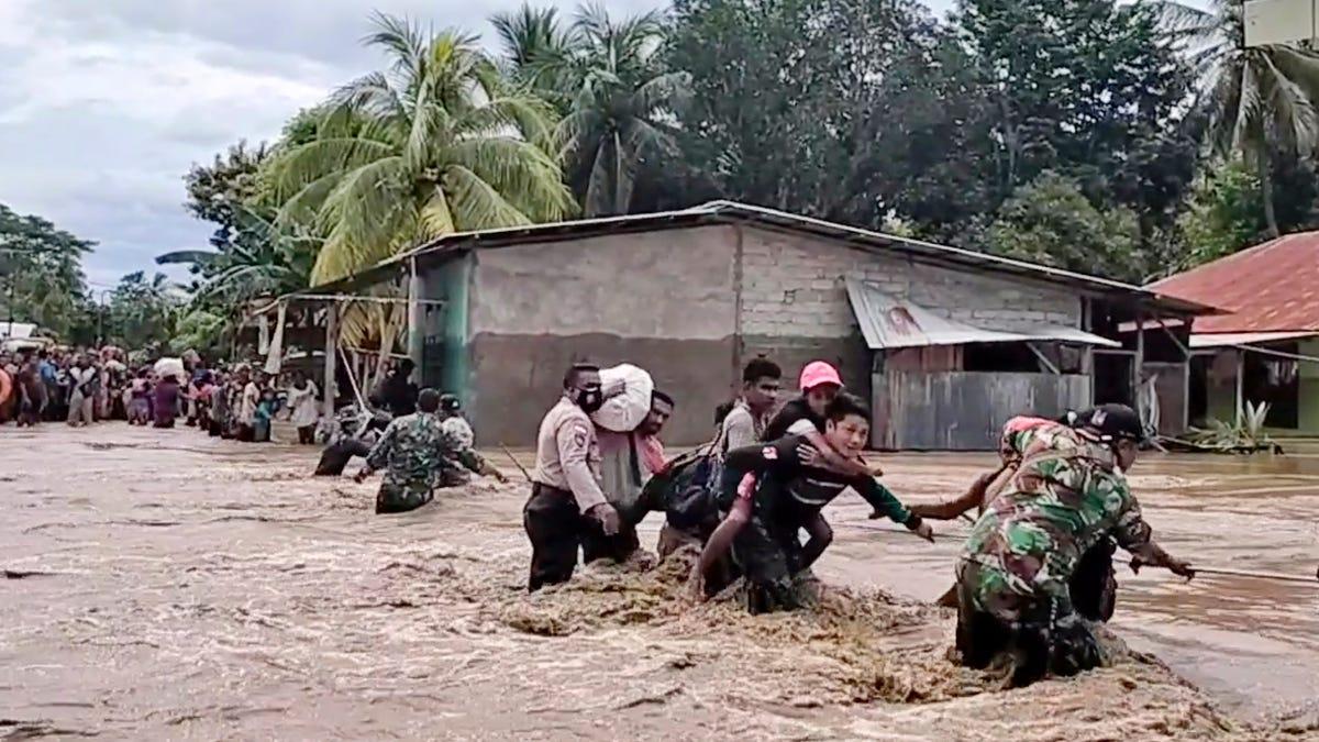Indonesia landslides, floods kill 55 people; dozens missing 2