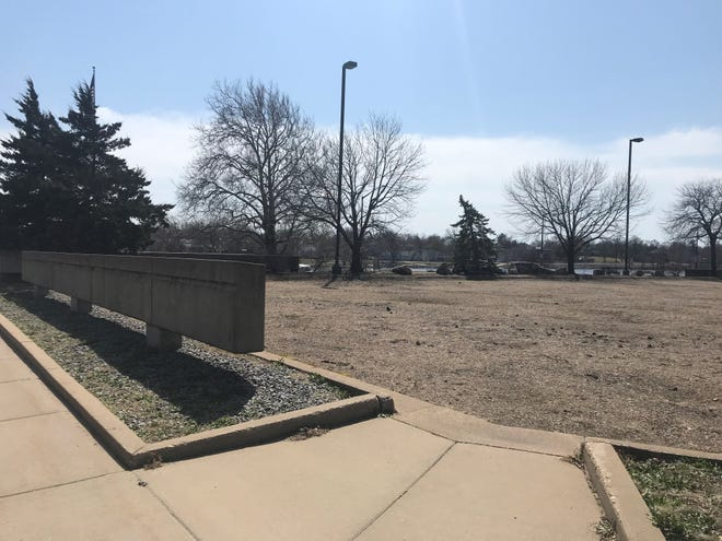 The Mead Witter Foundation plans to turn its vacant lot into a park at 111 W. Grand Ave. in Wisconsin Rapids.