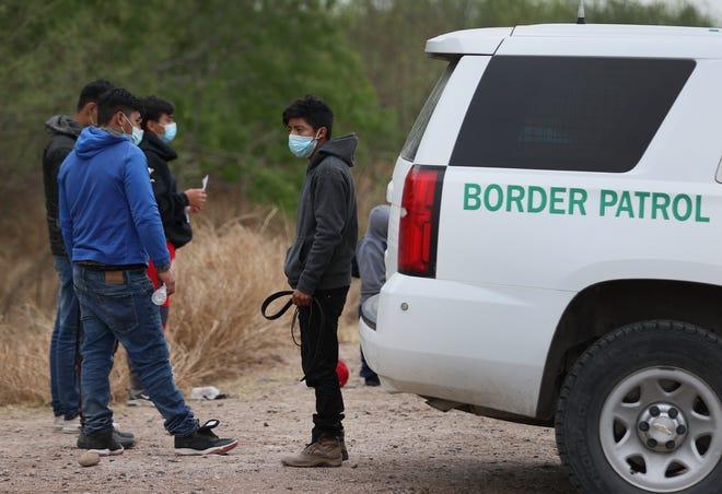 U.S. Border Patrol agents on March 29, in La Joya, Texas.