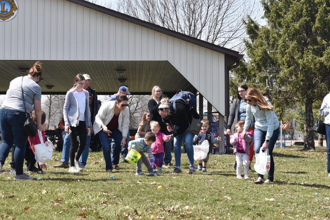 After cancellation last year because of the COVID-19 pandemic, the Bill Dahl Memorial Easter Egg Hunt returned on Saturday, April 3, in a new location. These children from birth through 2 years old had their Easter egg hunt on the east side of the picnic shelter in Love Park.