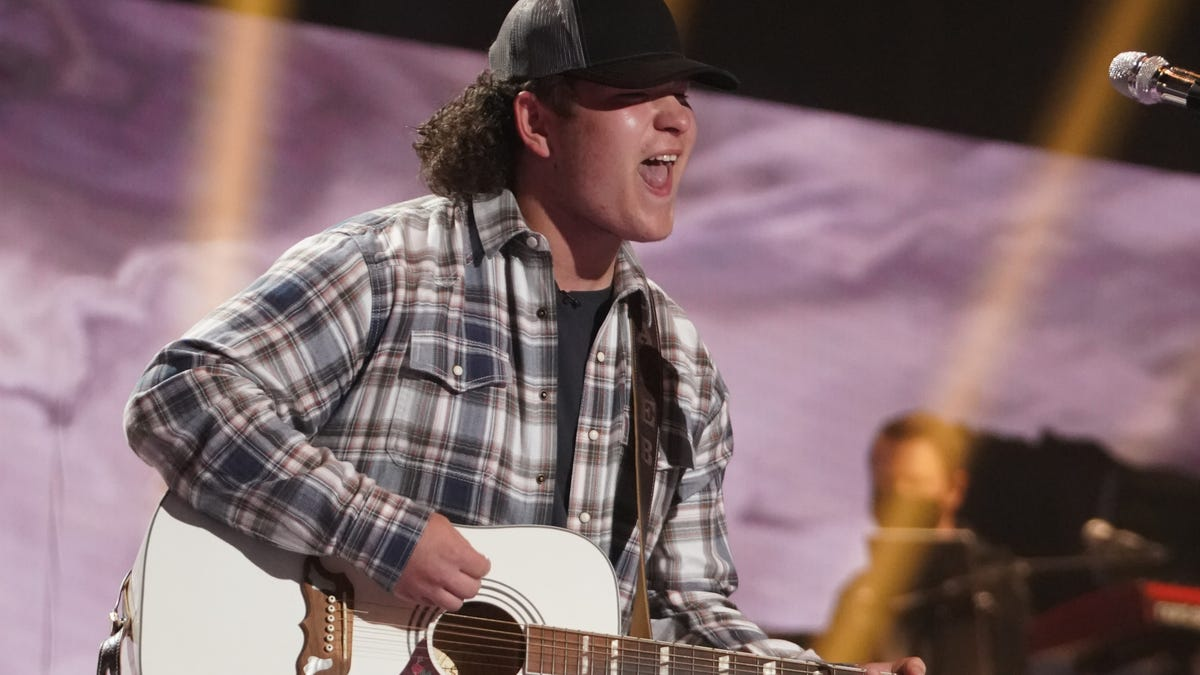 American Idol: Spartanburg's Caleb Kennedy covers Willie Nelson, named to the Top 9
