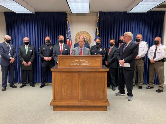 Sen. Michael Lazzara (Onslow-R) spoke with members of the NC General Assembly and Onslow County officials about the importance of filing SB 321 to amend the Controlled Substance Act.