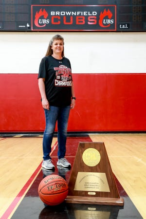 Michelle Wyatt led Brownfield to a Class 3A state championship and is the 2020-21 Lone Star Varsity Coach of the Year.