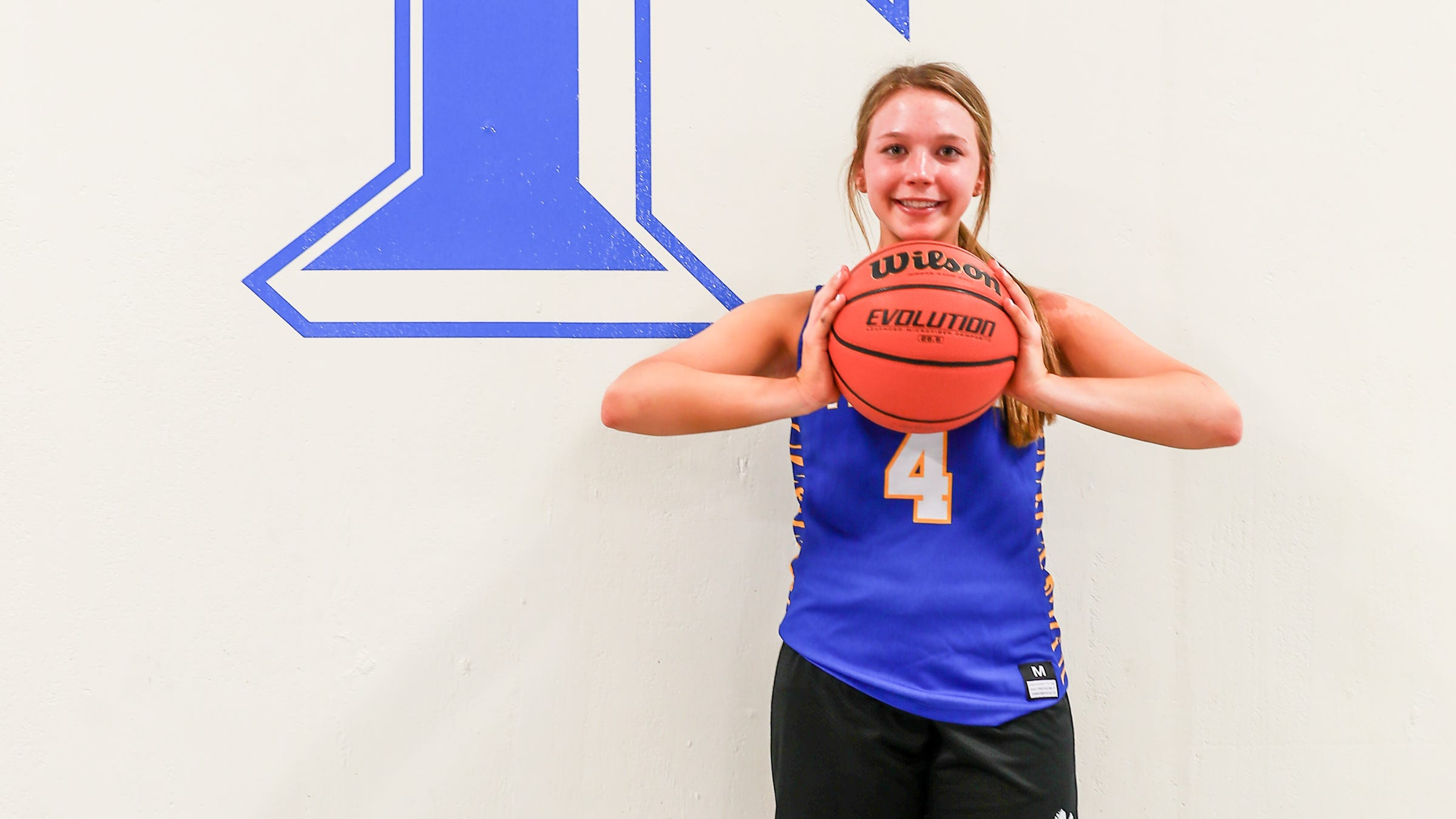 A burgeoning star: Abbi Holder shows potential, named LSV newcomer of year
