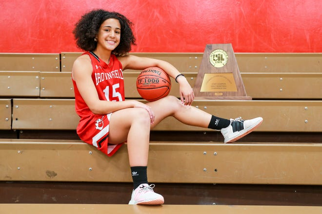 Brownfield junior guard Gabi Fields is the 2020-21 Lone Star Varsity Player of the Year.