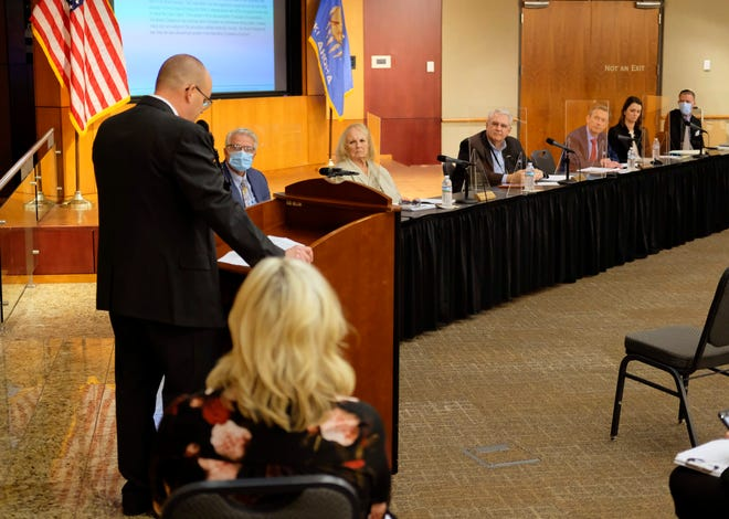 Epic Superintendent Bart Banfield addresses the Oklahoma Statewide Virtual Charter School Board meeting on Oct. 13.