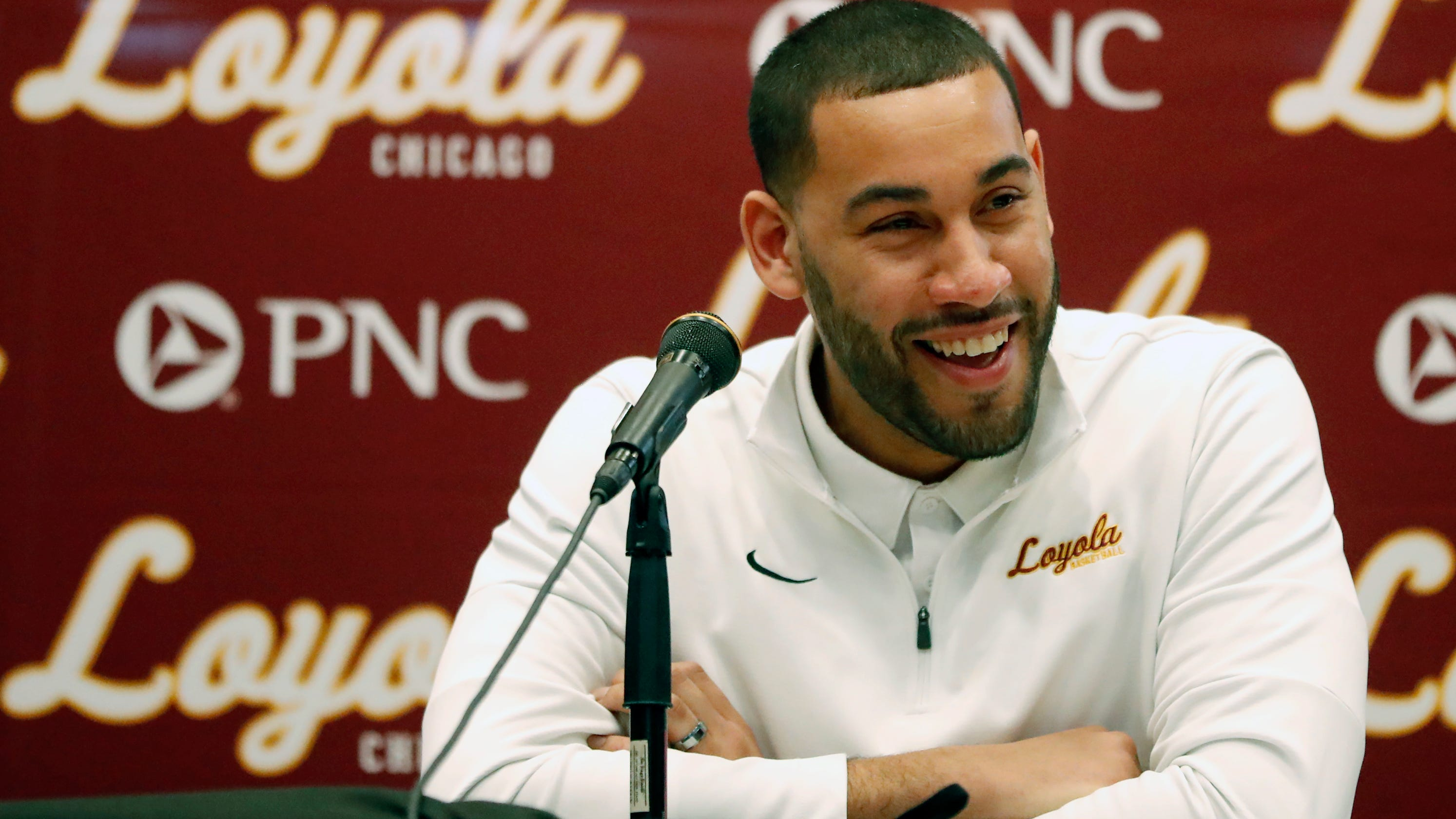 With big act to follow, Drew Valentine takes over at Loyola