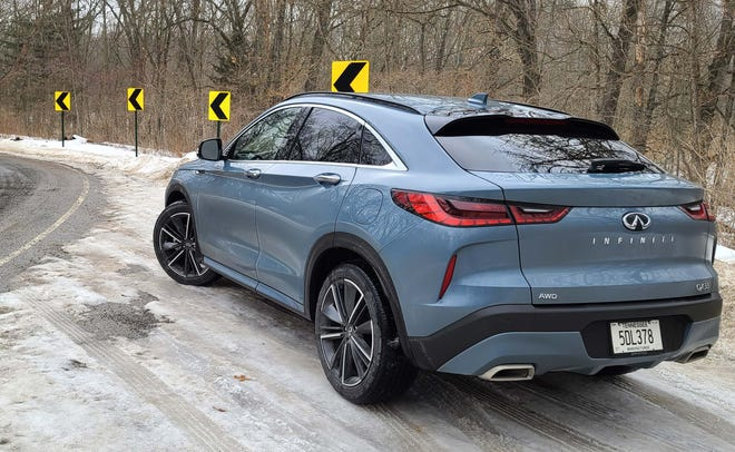 Gotta have the fastback. The 2022 Infiniti QX55 goes for a racier look than the standard QX50 with a coupe-like roof and stylish rear belt. It'll cost a little extra.