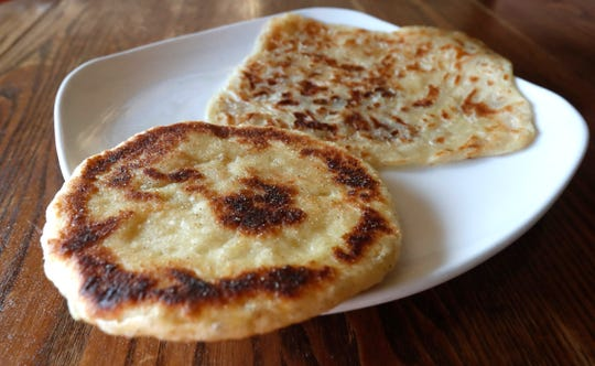 Bahga Mufa, a pre-sous chef at Ramsi's Cafe On The World, said her family makes a special type of bread for suhoor called Rea'a, that resembles a flatbread or tortilla.