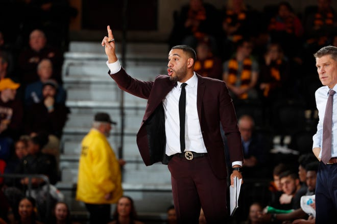 Drew Valentine, an assistant coach at Loyola Chicago the last four seasons, is the Ramblers' new head coach. The 29-year-old is the youngest head coach in college basketball.