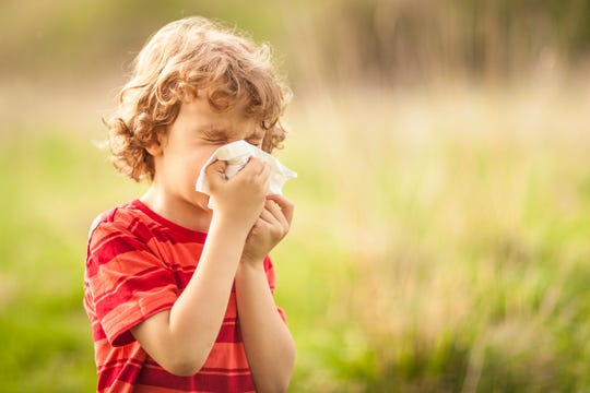 In a season when COVID-19 is still infectious, many parents might question: Is it COVID-19 or allergies?