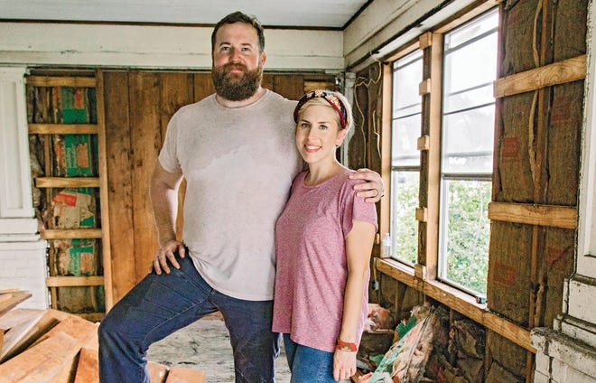 """As seen on """"Home Town,"""" Ben and Erin Napier work together to completely renovate homes."""