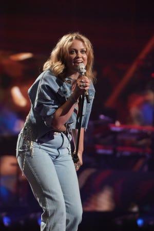 "Hannah Everhart sang Chris Stapleton's ""I Was Wrong"" on Monday's ""American Idol"" Top 24 show."