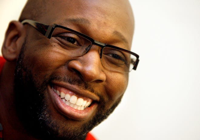 Wayman Tisdale talks Oct. 21, 2008, about his recovery at Sabolich Prosthetic and Research in Oklahoma City.