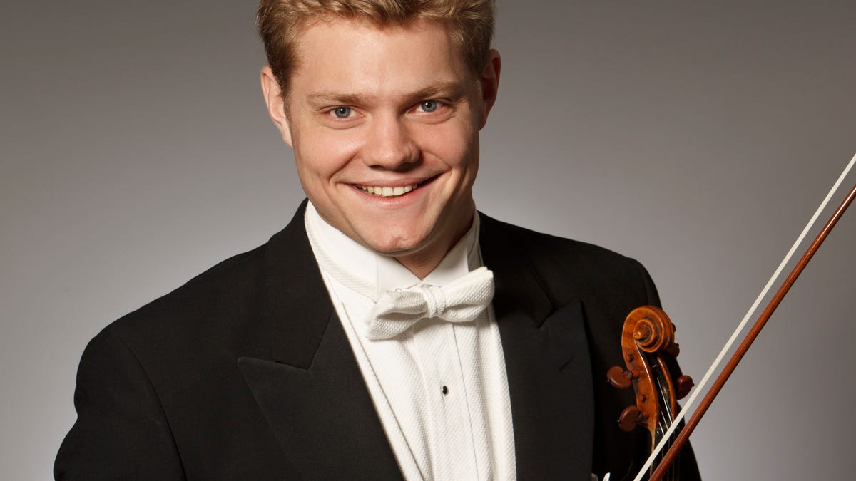 Music Review: Guest artist bring some 'normal' to Sarasota Orchestra