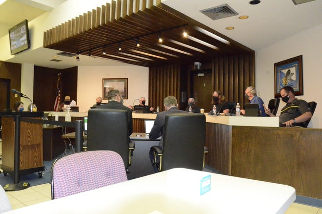Shawnee city commissioners just before the start of their April 5, 2021, meeting.