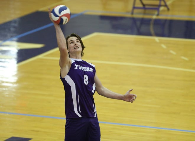 Junior middle hitter Jake Rybka is one of the top players for Central, which returns only one player from 2019 in junior Landon Tackett. Despite the roster turnover, the Tigers did not drop a game in winning their first six matches.