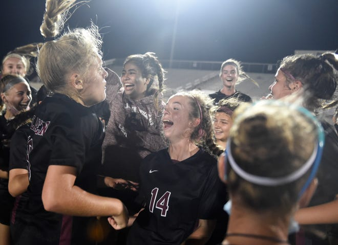 Calallen faces Boerne in the regional semifinal, Tuesday, April 6, 2021, in Floresville. Calallen won, 1-0, in overtime.