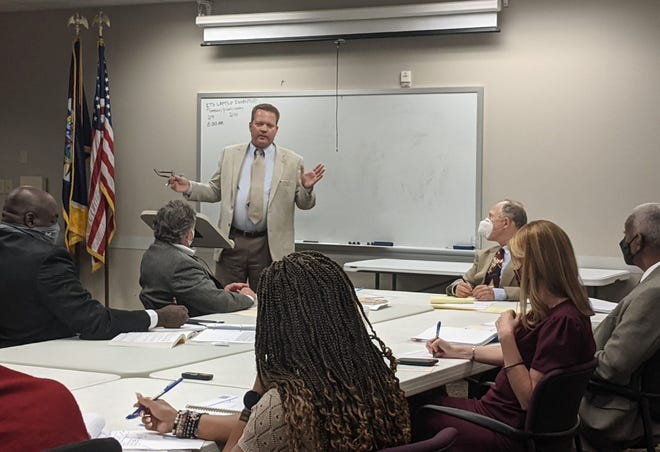 Attorney Jim Roberts for 4GoodGovernment makes remarks to the Davidson County Election Commission during a previous meeting, urging commissioners to place his proposed Metro Charter amendments on the ballot.