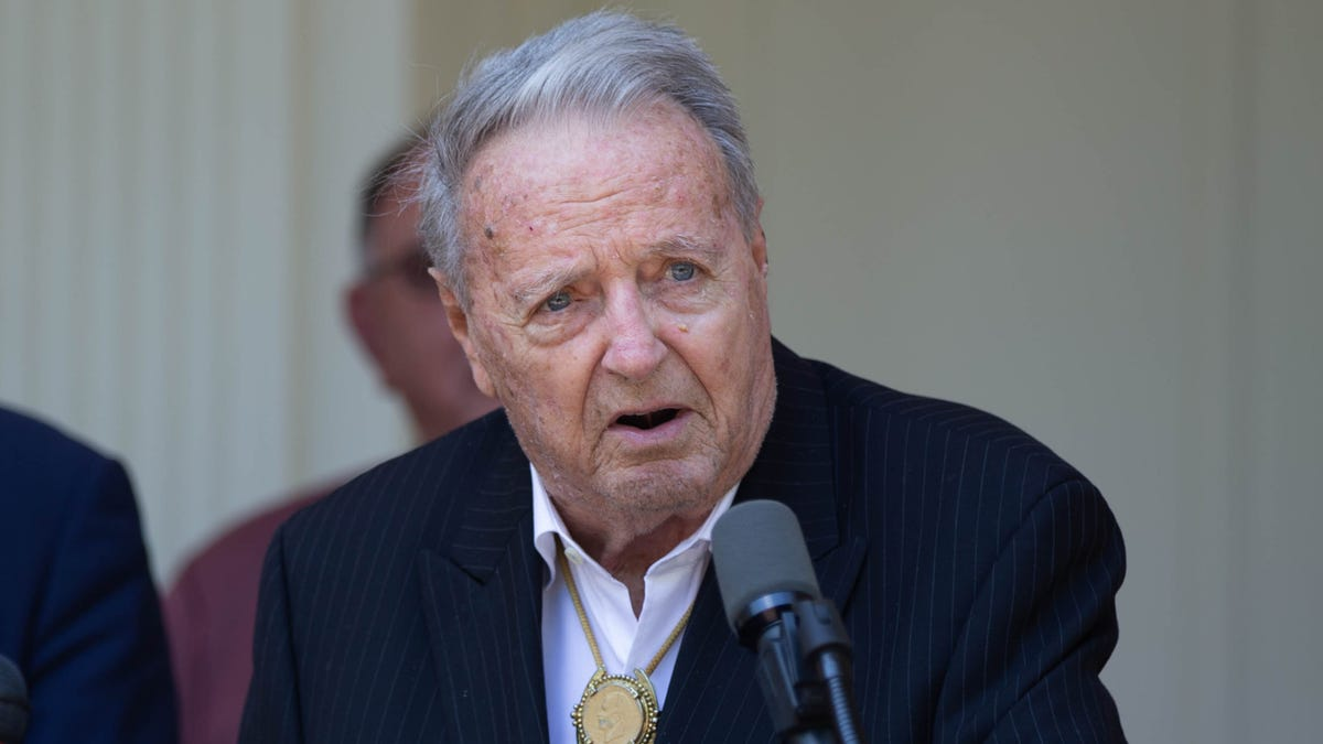 'I am at peace': FSU's Bobby Bowden diagnosed with a terminal medical condition