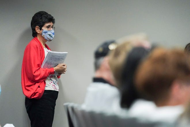 The St. Lucie County Commission votes 4-1 to abolish the face-mask mandate on Tuesday, April 6, 2021, at the County Commission chambers in Fort Pierce. The face-mask mandate has been in place since July to slow the spread of COVID-19.