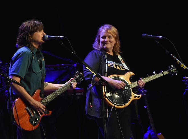 If an outdoor concert on a Sunday afternoon is your idea of fun, then you may want to get your tickets for the Indigo Girls concert at 3 p.m. June 20 on the Meadow Stage at Appel Farm.