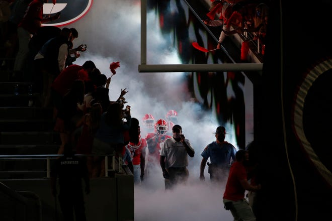 Georgia gets ready to take the field before the start of an NCAA college football game between Georgia and Auburn in Athens, Ga., on Saturday, Oct. 3, 2020. (Photo/Joshua L. Jones, Athens Banner-Herald)