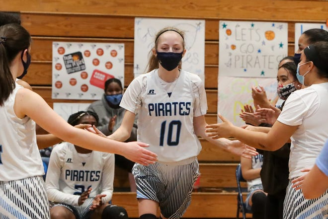Swansboro's Noelle Miller is The Daily News girls' basketball player of the year. [Tina Brooks]