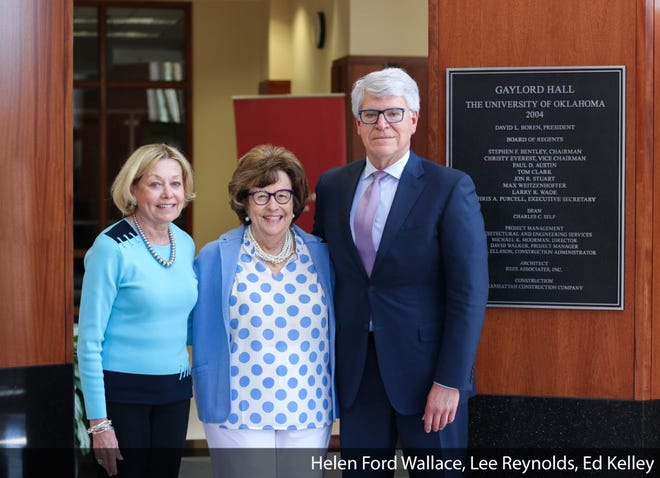From left, Lee Reynolds, Helen Ford Wallace and Ed Kelley at the Gaylord College of Journalism and Mass Communication at the University of Oklahoma.