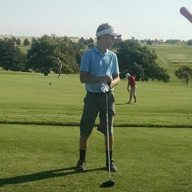 Zachary Vandervoort leads the Pratt High School golf team this year.