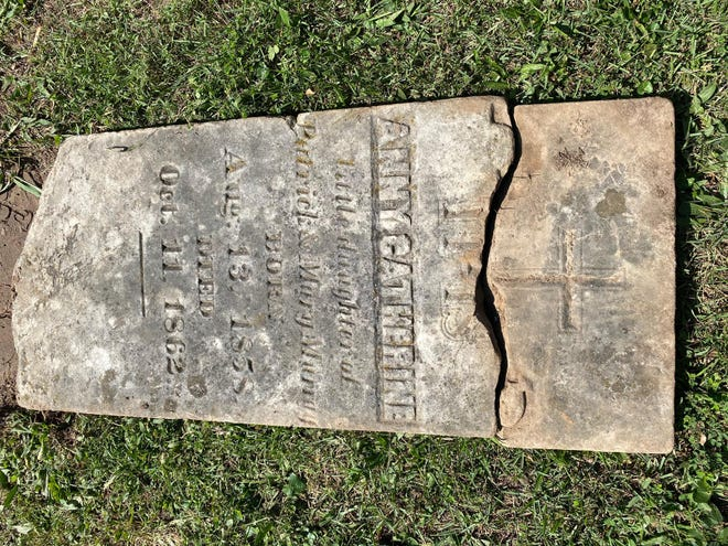 The oldest tombstones in Rolla Cemetery date to the early 1800s.