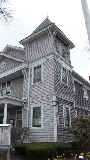 Mattapoisett Town Hall on Main Road is reportedly haunted by the spirit of Abner Harlow, a town clerk in the 1930s.