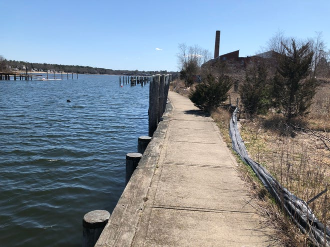 Plans to develop a function center-restaurant, restaurant and ice cream shop on the Wareham River at 59 Main St. got a boost with the Conservation Commission's unanimous approval of its first phase – a commercial marina.