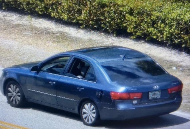 Fort Myers police sent out an alert Thursday morning asking for information on a 2010 blue Hyundai Sonata that hit a pedestrian and left the scene.